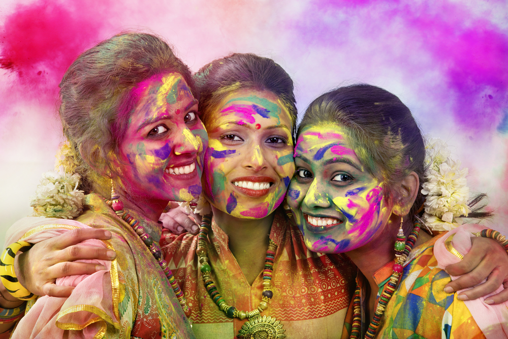 clicking pictures on holi