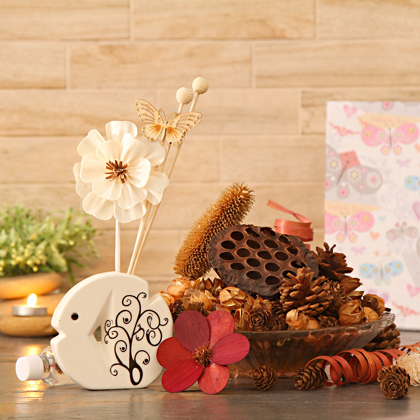 Scented Floral Potpourri with Flower Pot