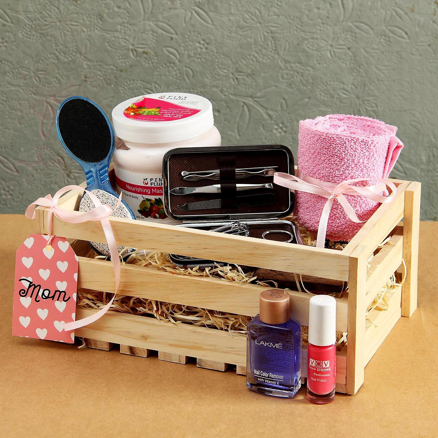 Pedi & Manicure Set for Mom in Wooden Basket