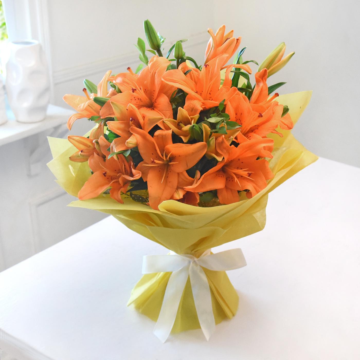 Bunch-of-Beautiful-Orange-Asiatic-Lilies