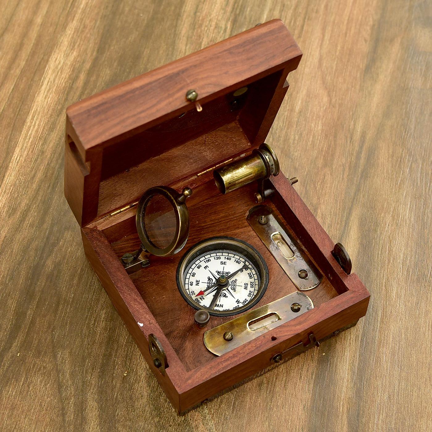 Engraved-Brass-and-Sheesham-Wood-Marine-Master-Box