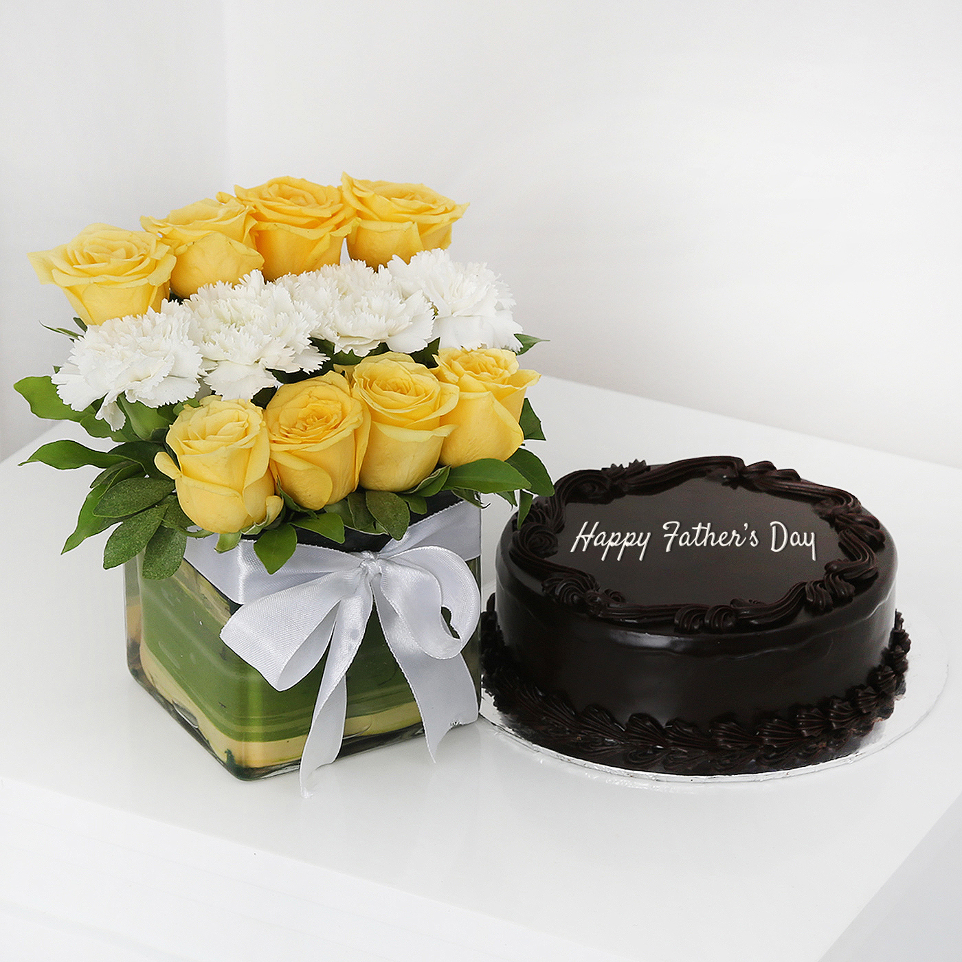 Glass-Vase-of-12-Mixed-Flowers-with-Half-Kg-Dark-Chocolate-Cake