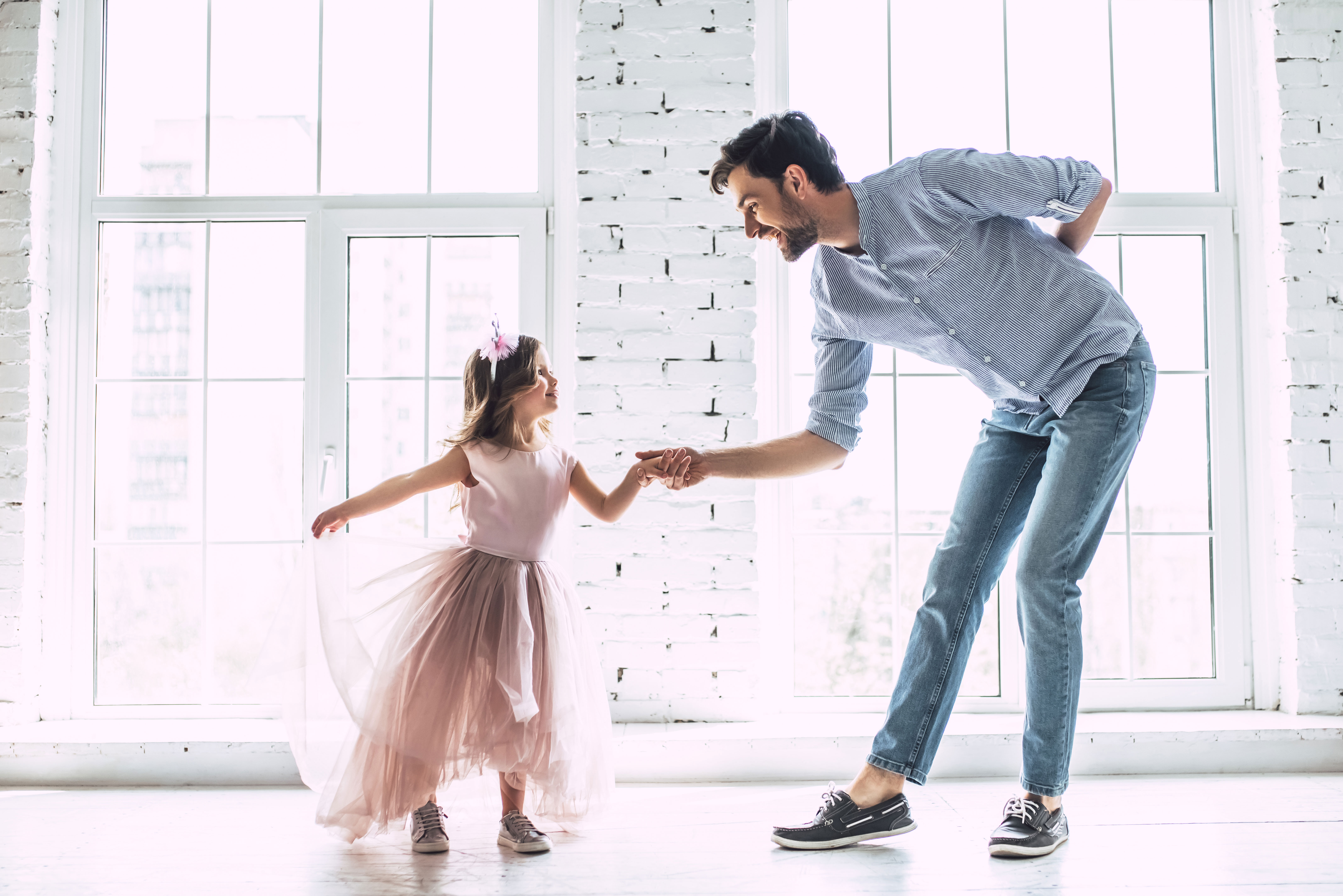 Dad_with_Daughter